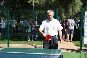 Андрей Абертасов из Москворечья-Сабурова защищает честь ЮАО в настольном теннисе
