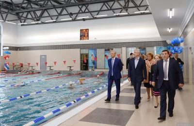 Мэр Москвы Сергей Собянин открыл новый бассейн в спорткомплексе Первого меда