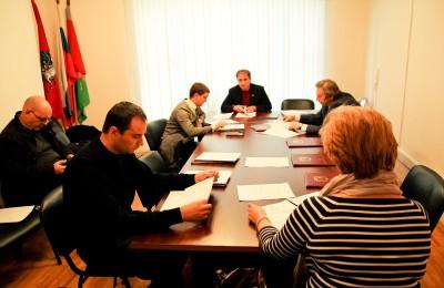 Депутаты Москворечья-Сабурова встали на защиту нестационарных объектов торговли в районе