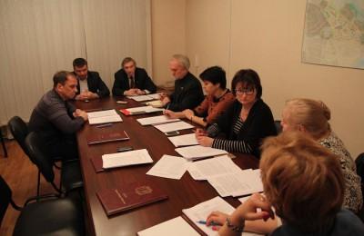 Депутатов попросили равномерно распределять по территории района Москворечье-Сабурово места праздничных гуляний