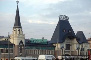 Все столичные вокзалы оснастят стойками для подзарядки гаджетов