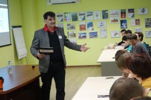 Диктант провел поэт Владимир Вишневский