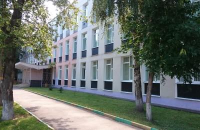 Территорию школы №2000 отремонтируют за 38 млн рублей