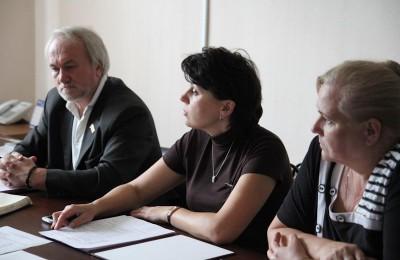 В муниципальном округе Москворечье-Сабурово состоялось внеочередное заседание Совета депутатов