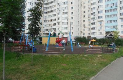 На портале «Активный гражданин» жители Москворечья-Сабурова выбрали способ кошения травы