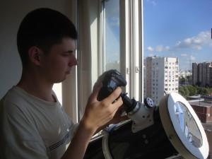 """Молодой астроном Филипп Романов участвует в фотоконкурсе """"Планета Москва"""""""