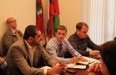 Проект озеленения района и возможность размещения нового киоска обсудят муниципальные депутаты