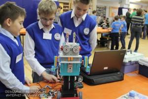 Открытый урок по роботостроению пройдет в честь Международного дня семьи