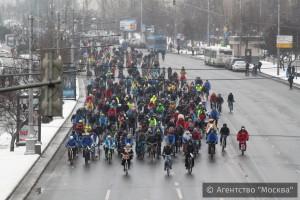 Второй зимний велопарад, который прошел в Москве