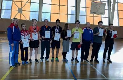 Команда района Москворечье-Сабурово приняла участие в соревнованиях по настольному теннису
