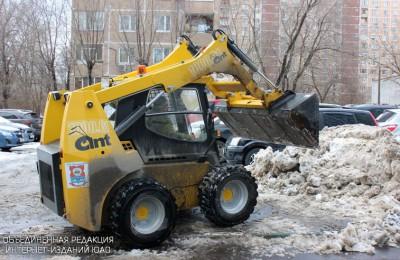 Уборка снега в Южном округе