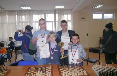 Команда района Москворечье-Сабурово заняла второе место в соревнованиях по шахматам
