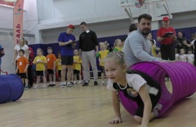 В спортзале «Сабурово» состоялся спортивный праздник «Веселые старты»