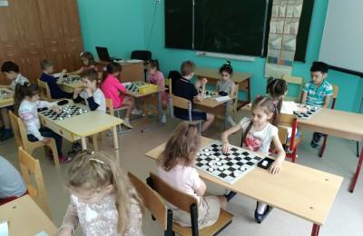 турнир по шашкам в гимназии №1579