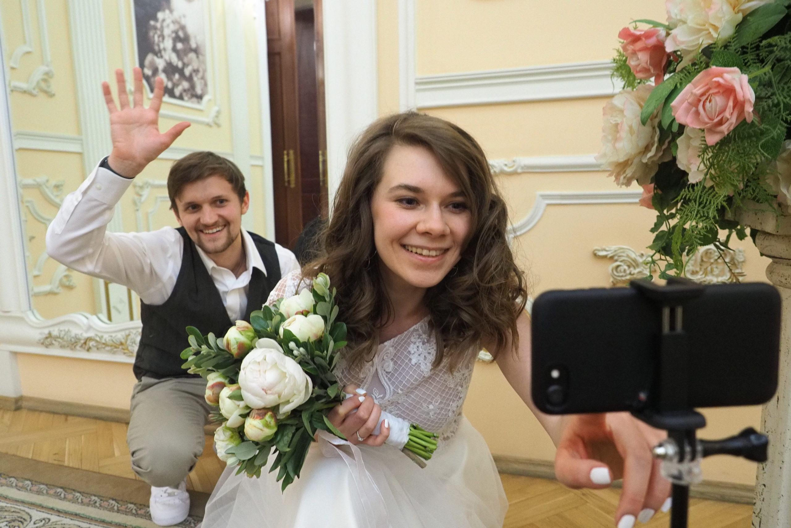 В ЗАГС рассказали, как часто женятся москвичи в новогодние праздники. Фото: Павел Волков, «Вечерняя Москва»
